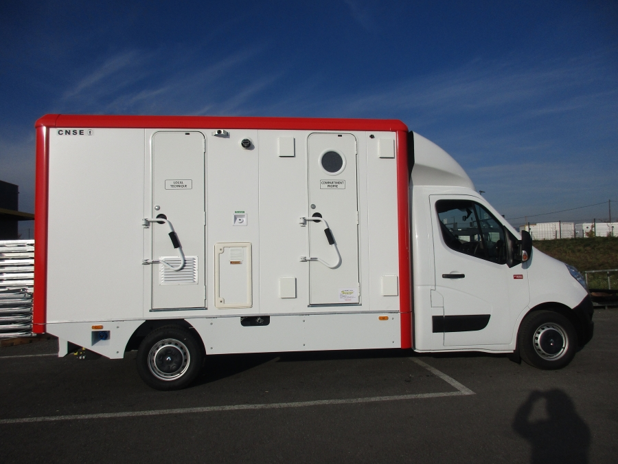 DCU on straight truck - custom made solution for asbestos decontamination